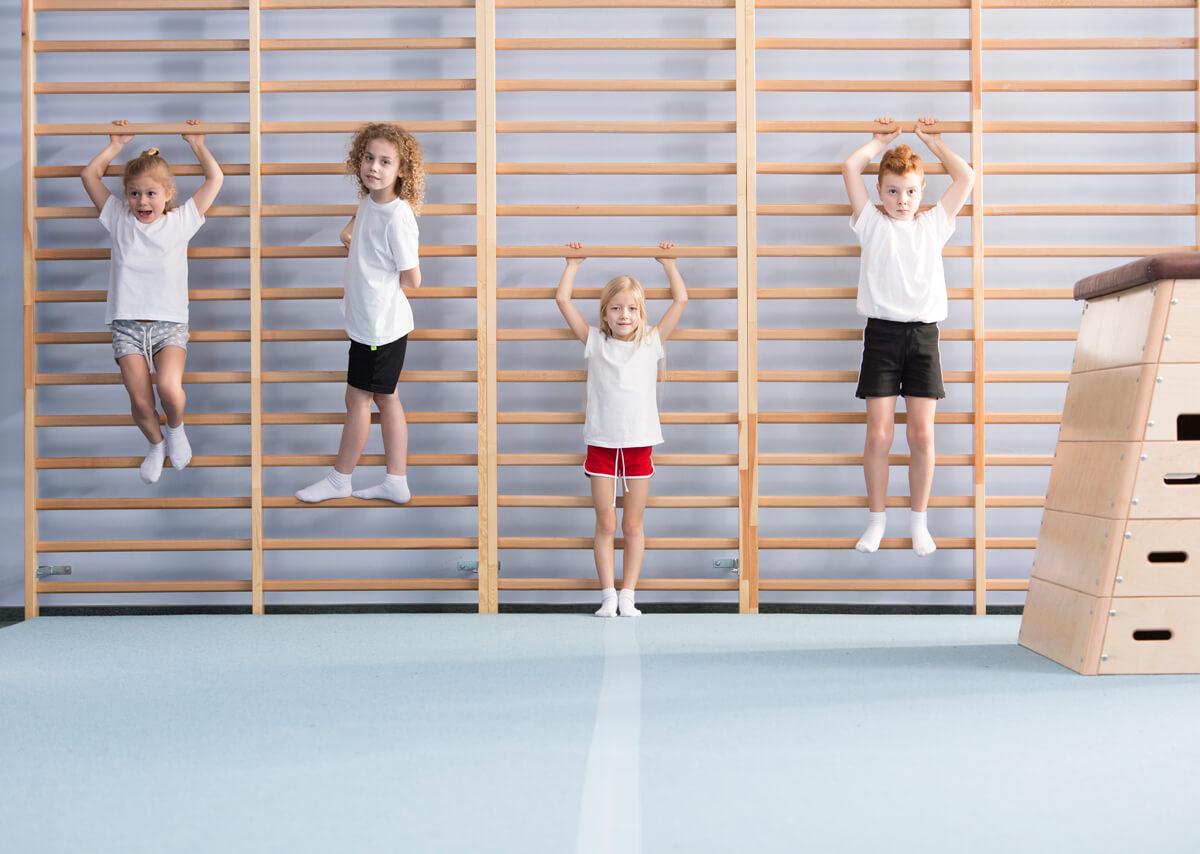 bambini-ginnastica-postura