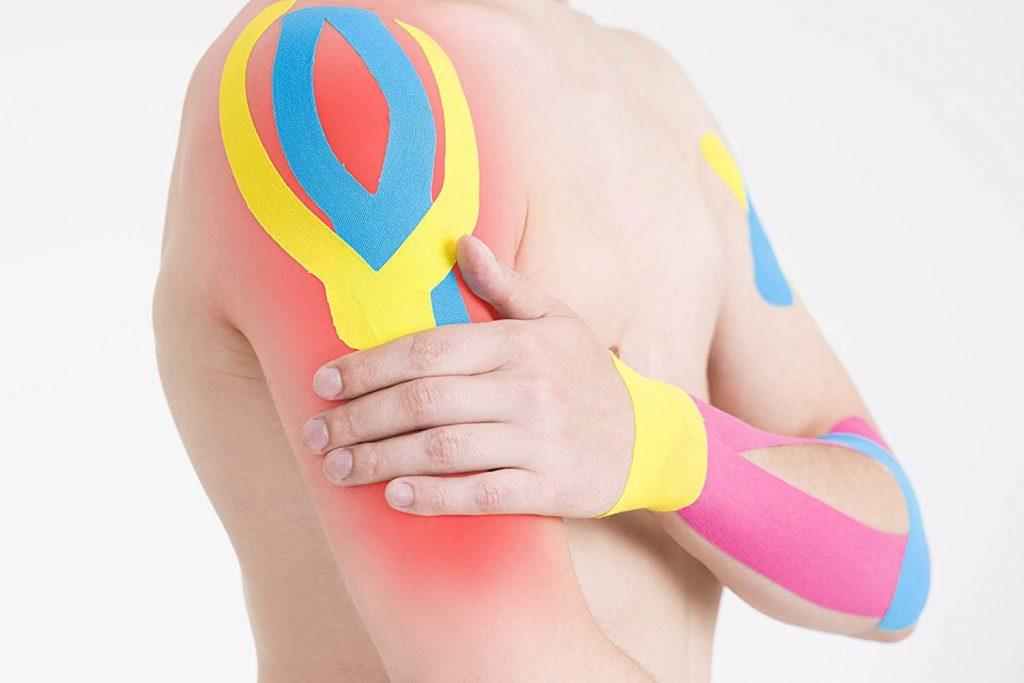 applicazione kinesio taping spalla braccio